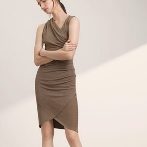 Aritzia | Wilfred Free | Izidora Faux Wrap Dress